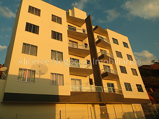 Ref.: 5111 - Cob. 2 qtos - Monte Castelo