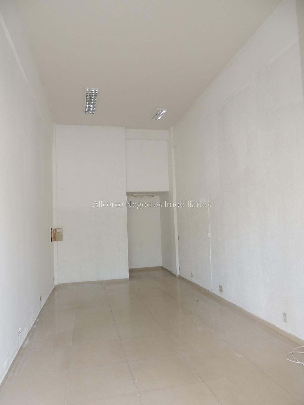 Ref.: 8018 - Loja - Santa Terezinha