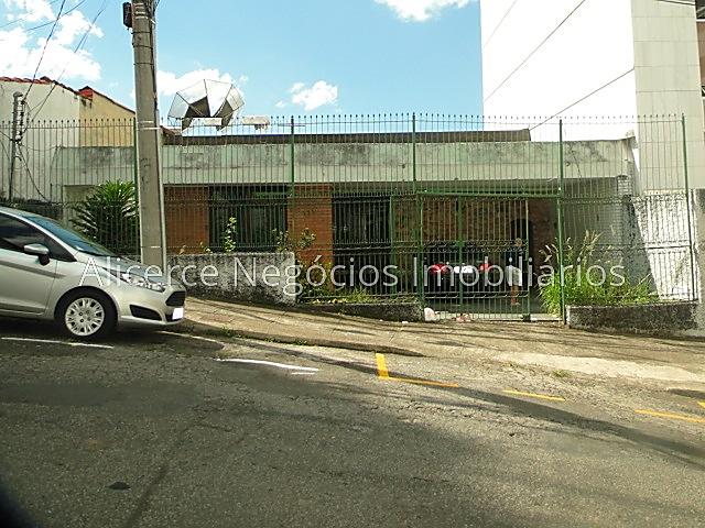 Ref.: 6046 - Casa 3 qtos - Centro