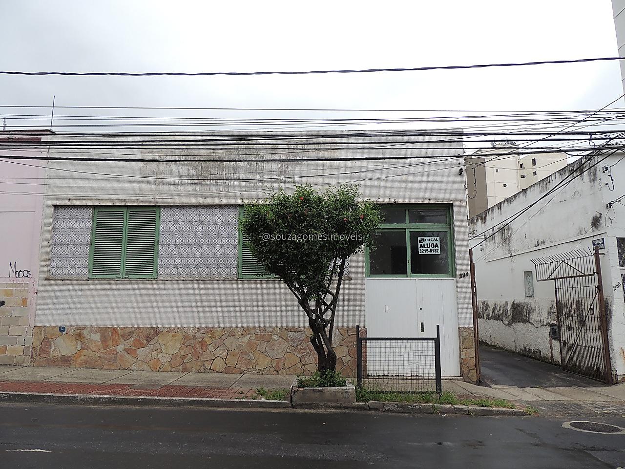 Ref.: 6081 - Casa 6 qtos - Centro