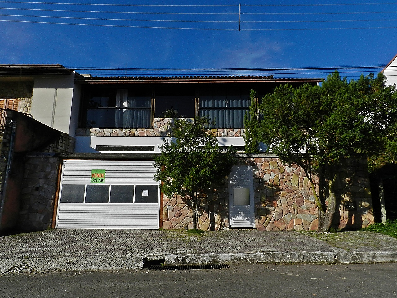 Ref.: 6136 - Casa 4 qtos - Bosque dos Pinheiros